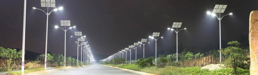 postes fotovoltaicos
