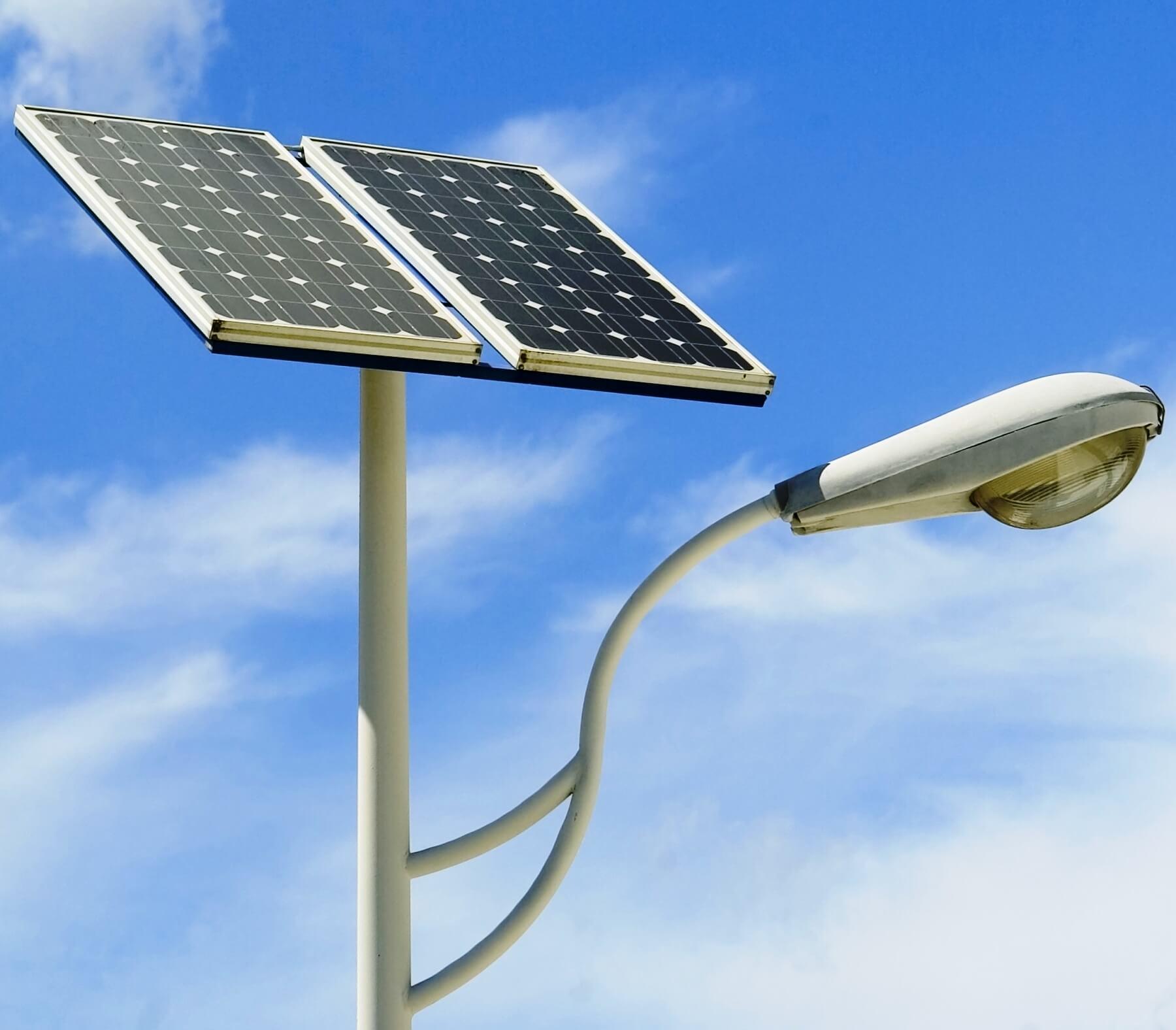 Lámparas solares para alumbrado público y su funcionamiento 1